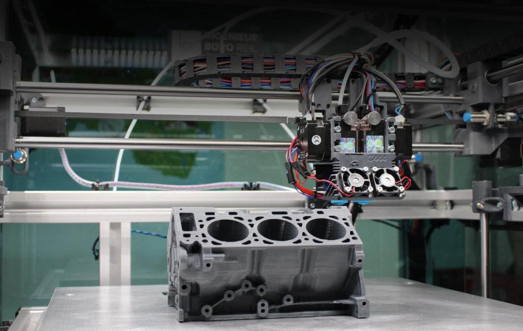 üç boyutlu yazıcı fiyatları, 3d yazıcı ile basılmakta olan bir araç motoru modeli